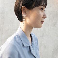 前髪パッツン ショート フェミニン ショートヘア ヘアスタイルや髪型の写真・画像