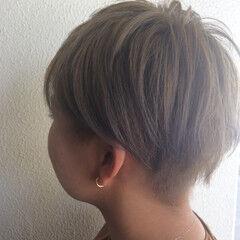 ツートン ベリーショート 抜け感 モード ヘアスタイルや髪型の写真・画像