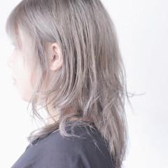 ナチュラル ラベンダーグレー ラベンダーグレージュ ラベンダーアッシュ ヘアスタイルや髪型の写真・画像