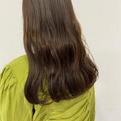 ショコラブラウン セミロング ナチュラル ブラウンベージュ ヘアスタイルや髪型の写真・画像