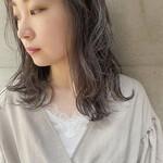 セミロング 透け感ヘア デザインカラー ナチュラル