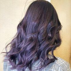 ガーリー バレイヤージュ セミロング ラベンダーアッシュ ヘアスタイルや髪型の写真・画像