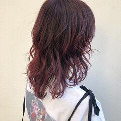 アンニュイほつれヘア モード ハイトーンカラー ニュアンスウルフ ヘアスタイルや髪型の写真・画像