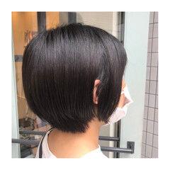 ツヤツヤ ナチュラル ブラウンベージュ ショートボブ ヘアスタイルや髪型の写真・画像