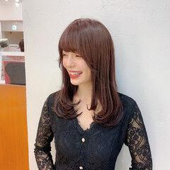 セミロング 大人可愛い レイヤーカット ピンクブラウン ヘアスタイルや髪型の写真・画像
