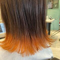 フェミニン オレンジ ボブ 外ハネボブ ヘアスタイルや髪型の写真・画像