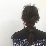 暗髪 簡単ヘアアレンジ ロング 三つ編み