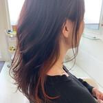 ナチュラル アンニュイほつれヘア インナーカラー 巻き髪