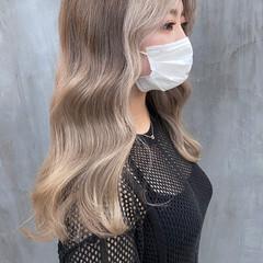 透明感カラー ガーリー グレージュ セミロング ヘアスタイルや髪型の写真・画像