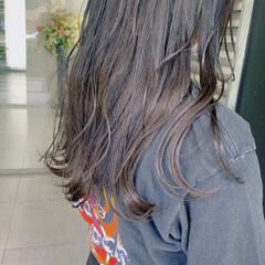 インナーカラー ピンクベージュ ナチュラル ラベンダーカラー ヘアスタイルや髪型の写真・画像