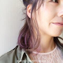 ガーリー ショート インナーカラー アッシュ ヘアスタイルや髪型の写真・画像