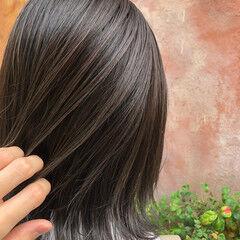 シルバーグレージュ ナチュラル ボブ グレージュ ヘアスタイルや髪型の写真・画像