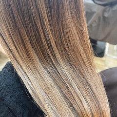 インナーカラー 韓国風ヘアー 透明感カラー ロング ヘアスタイルや髪型の写真・画像