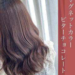 ナチュラル セミロング チョコレート ブリーチなし ヘアスタイルや髪型の写真・画像