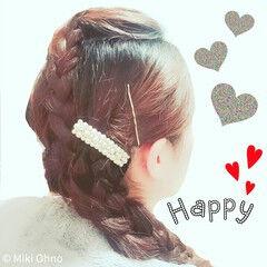 編み込み 結婚式 パールアクセ 外国人風 ヘアスタイルや髪型の写真・画像