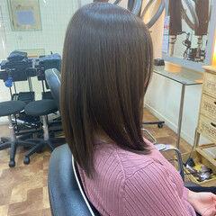 オリーブアッシュ イメチェン サラサラ ミディアム ヘアスタイルや髪型の写真・画像