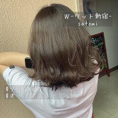 外国人風カラー ナチュラル ウェーブ 色気 ヘアスタイルや髪型の写真・画像