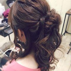 ハーフアップ ヘアアレンジ 女子会 ふわふわ ヘアスタイルや髪型の写真・画像