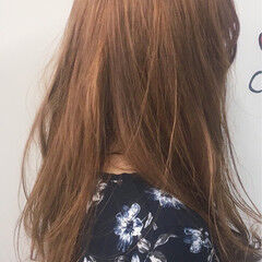 ロング ブリーチ 金髪 ベージュ ヘアスタイルや髪型の写真・画像