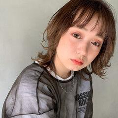 インナーカラー ナチュラル アンニュイ ハイライト ヘアスタイルや髪型の写真・画像