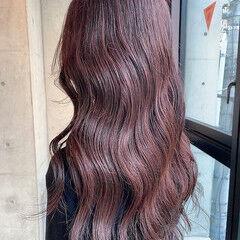 ヌーディーベージュ 透明感カラー ブラウンベージュ ロング ヘアスタイルや髪型の写真・画像