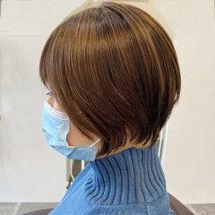 ショートボブ ナチュラル ショート 切りっぱなしボブ ヘアスタイルや髪型の写真・画像