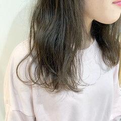 セミロング ナチュラル 髪質改善トリートメント 透明感カラー ヘアスタイルや髪型の写真・画像