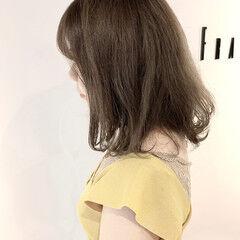 大人可愛い アッシュ グレーベージュ 簡単スタイリング ヘアスタイルや髪型の写真・画像