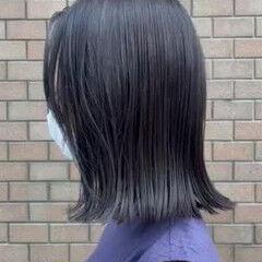 ナチュラル アッシュグレージュ ミニボブ 切りっぱなしボブ ヘアスタイルや髪型の写真・画像