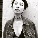 大人女子 モード ショート 黒髪