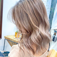 ストリート ハイトーンカラー ウルフカット ミニボブ ヘアスタイルや髪型の写真・画像