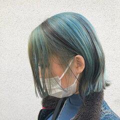 ストリート インナーカラー バレイヤージュ 切りっぱなしボブ ヘアスタイルや髪型の写真・画像