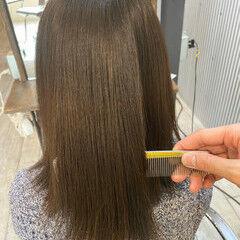 透明感カラー oggiotto ナチュラル オリーブグレージュ ヘアスタイルや髪型の写真・画像