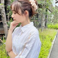 小顔 ミディアム ヘアアレンジ ナチュラル ヘアスタイルや髪型の写真・画像