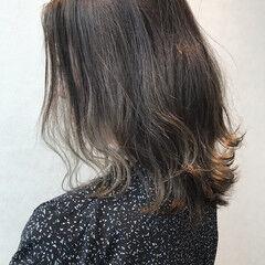 アウトドア スモーキーアッシュ アッシュ 抜け感 ヘアスタイルや髪型の写真・画像