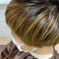 刈り上げ女子 グラデーションカラー 大人ハイライト 大人カラー ヘアスタイルや髪型の写真・画像