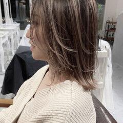 ブリーチ必須 ハイトーンカラー ナチュラル エアータッチ ヘアスタイルや髪型の写真・画像