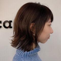 レイヤースタイル ゆるふわパーマ フェミニン ウルフカット ヘアスタイルや髪型の写真・画像