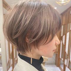 ナチュラル ショートボブ ハイトーンボブ ハイトーンカラー ヘアスタイルや髪型の写真・画像