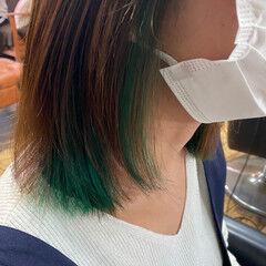 ダブルカラー インナーグリーン グリーン ボブ ヘアスタイルや髪型の写真・画像