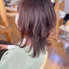 ミディアム ウルフカット ガーリー ラベンダーピンク ヘアスタイルや髪型の写真・画像