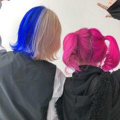 派手髪 ショート ピンク ツートンカラー ヘアスタイルや髪型の写真・画像