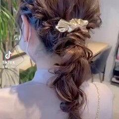 セミロング 簡単ヘアアレンジ 編みおろし ヘアアレンジ ヘアスタイルや髪型の写真・画像
