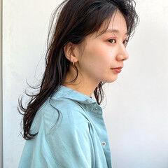ヘルシースタイル ナチュラル 透明感カラー ウェットヘア ヘアスタイルや髪型の写真・画像