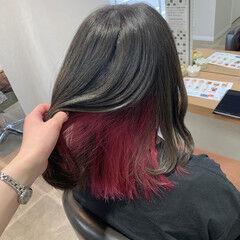 マニキュア インナーカラー グレージュ オリーブグレージュ ヘアスタイルや髪型の写真・画像