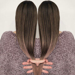 ロング ブロンド ストリート クリームブロンド ヘアスタイルや髪型の写真・画像