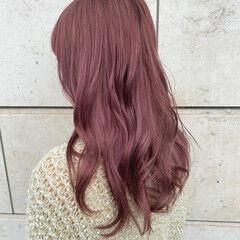 ピンクベージュ ピンクラベンダー ロング フェミニン ヘアスタイルや髪型の写真・画像