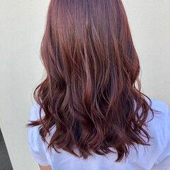巻き髪 ヨシンモリ エレガント レッド ヘアスタイルや髪型の写真・画像
