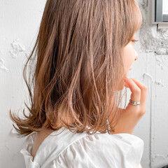 パーティ ミディアム ゆるふわ アンニュイほつれヘア ヘアスタイルや髪型の写真・画像