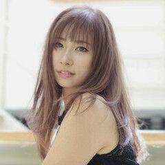フェミニン 大人ハイライト ピンクアッシュ 斜め前髪 ヘアスタイルや髪型の写真・画像